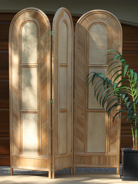 Lanai Folding Screen - Town and Country Event Rentals